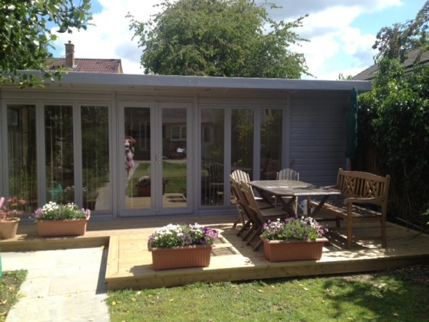 Bakers timber buildings guildford garden summer houses for Building a garden room