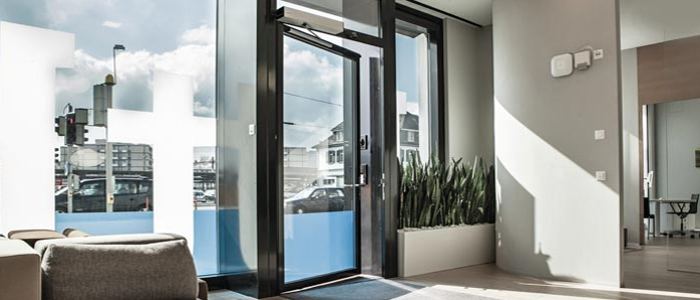 Gilgen FD20 - Effortless swing door automation by design and in everyday use. Gallery Image