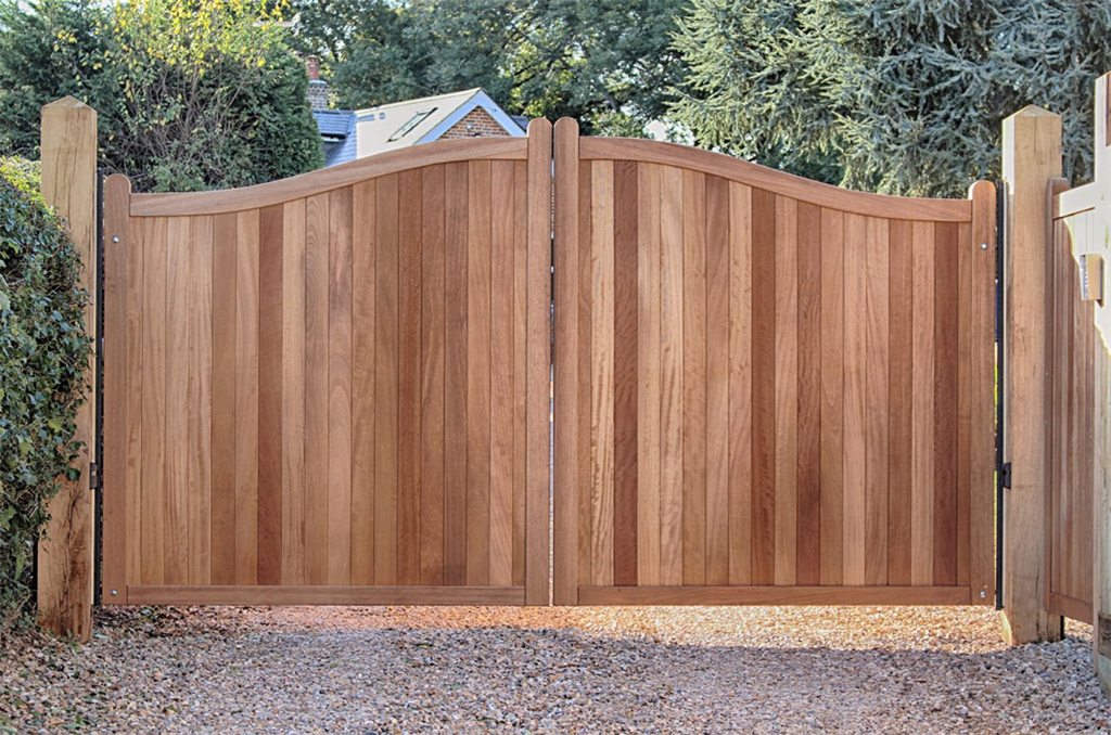 Handamde hardwood gates automated in hampshire Gallery Image