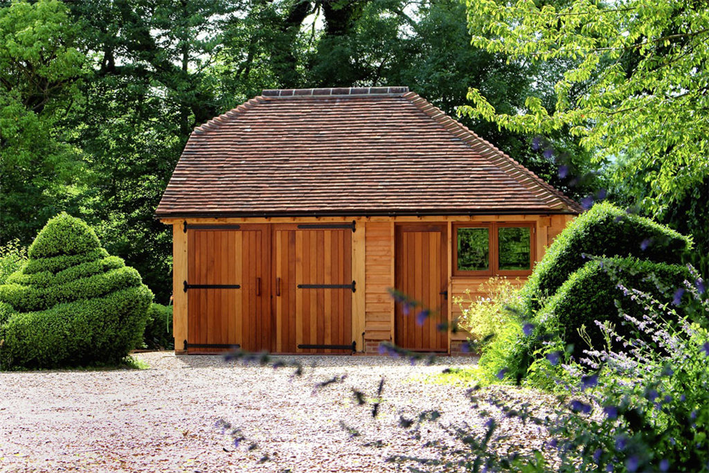 Traditional oak framed garden building. Gallery Image
