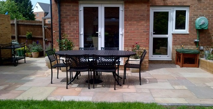 Patio services welwyn garden city garden design welwyn for Home extension design welwyn garden city