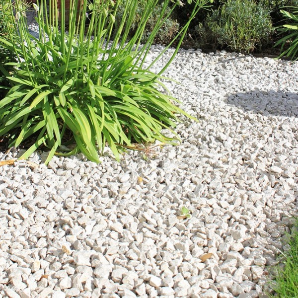 Limestone Chippings Gallery Image