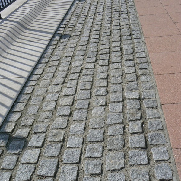 Grey Cropped Granite Setts Gallery Image