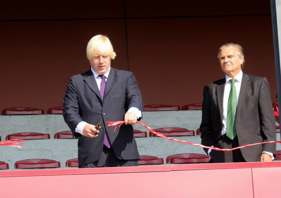 "Boris Johnson - Cuts Tape ""Grand Opening - Streatham-Croydon Rugby Football Club"" Gallery Image"