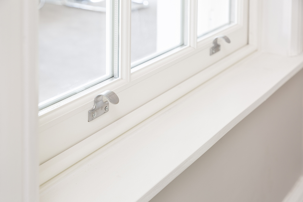 Sash lifts for Cardinal sliding sash windows Gallery Image