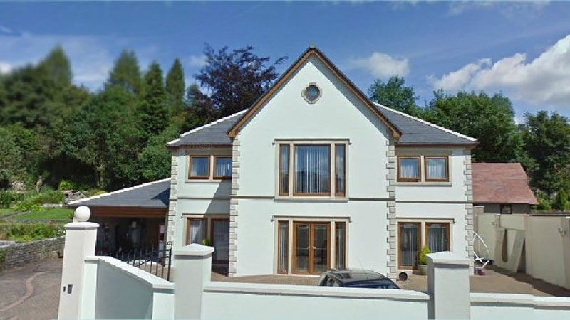 New Build 6 Bed House Gallery Image
