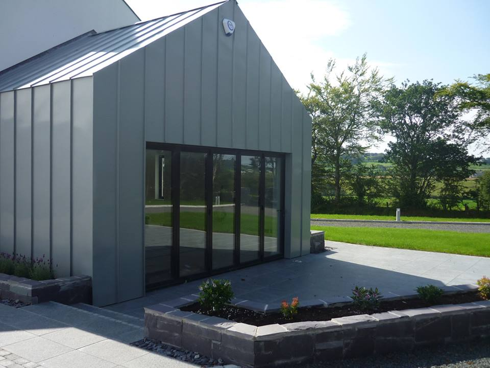 5 pane bi fold house in converted barn, Antrim Gallery Image