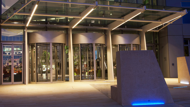 Network Rail HQ, Milton Keynes, lighting designed by Lighting Force for Scott Wilson and BAM Construction Gallery Image