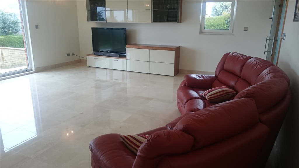 Marble Living area cleaned and highly polished Gallery Image