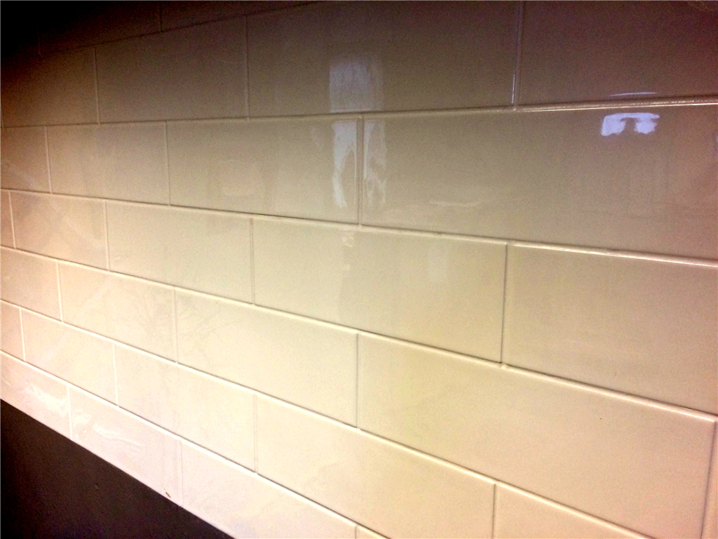 NoTileTM - Horizontal Brick Effect Hygienic Wall Panels Supplied by CFM Ltd Gallery Image
