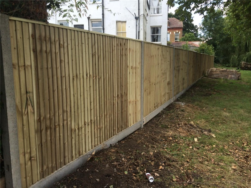 2m high close board fencing Gallery Image