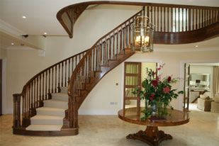 Walnut Curved Stairs Gallery Image