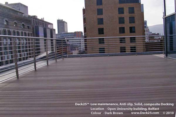 Composite Decking Commercial - Deck25 - Open University - Brown Gallery Image
