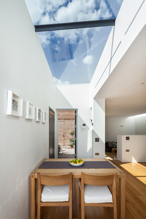 Fixed rooflight with back to back angles for additional support Gallery Image