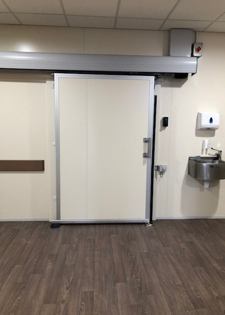 Automatic Sliding Door with Fermod 5010 Electronic Kit. Gallery Image
