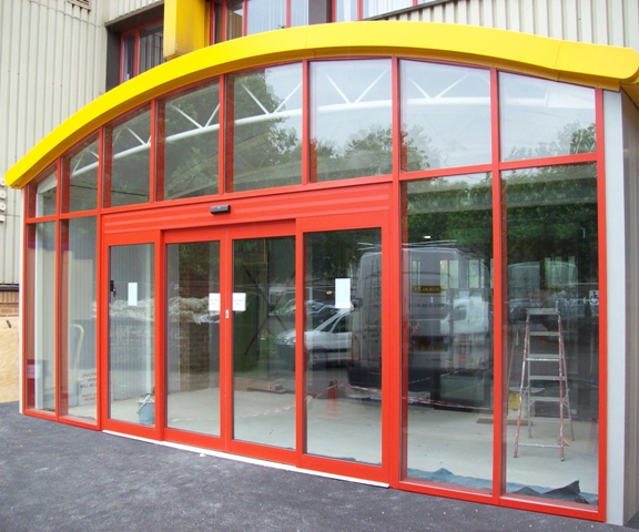 Stanley Dura-Glide Automatic Door and Axis Aluminium Shopfront Gallery Image