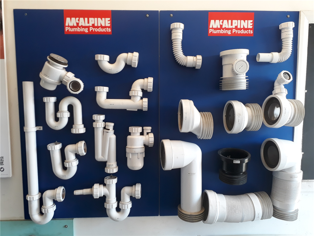 We stock a wide range of McAlpine traps (For basins, sinks, baths, showers & wetrooms), pan connectors with all sorts of shapes and sizes and more. Gallery Image