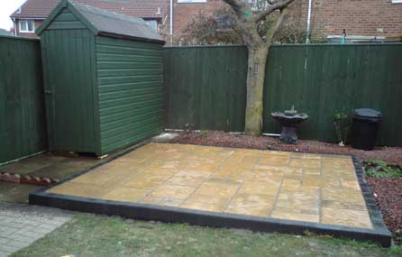 A & M Fencing and Decking Image